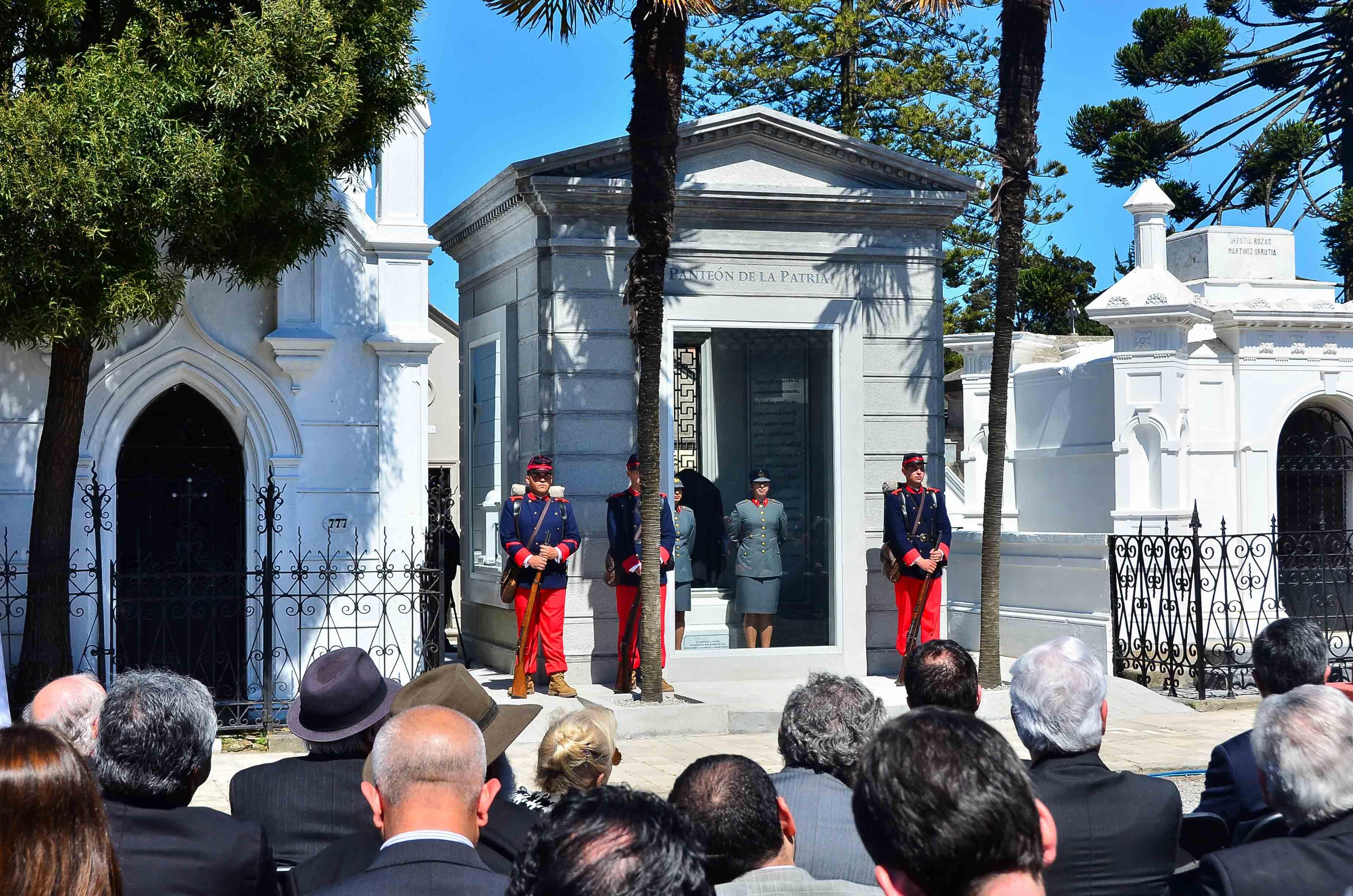 Se Inaugur 243 El Pante 243 N De La Patria En Concepci 243 N