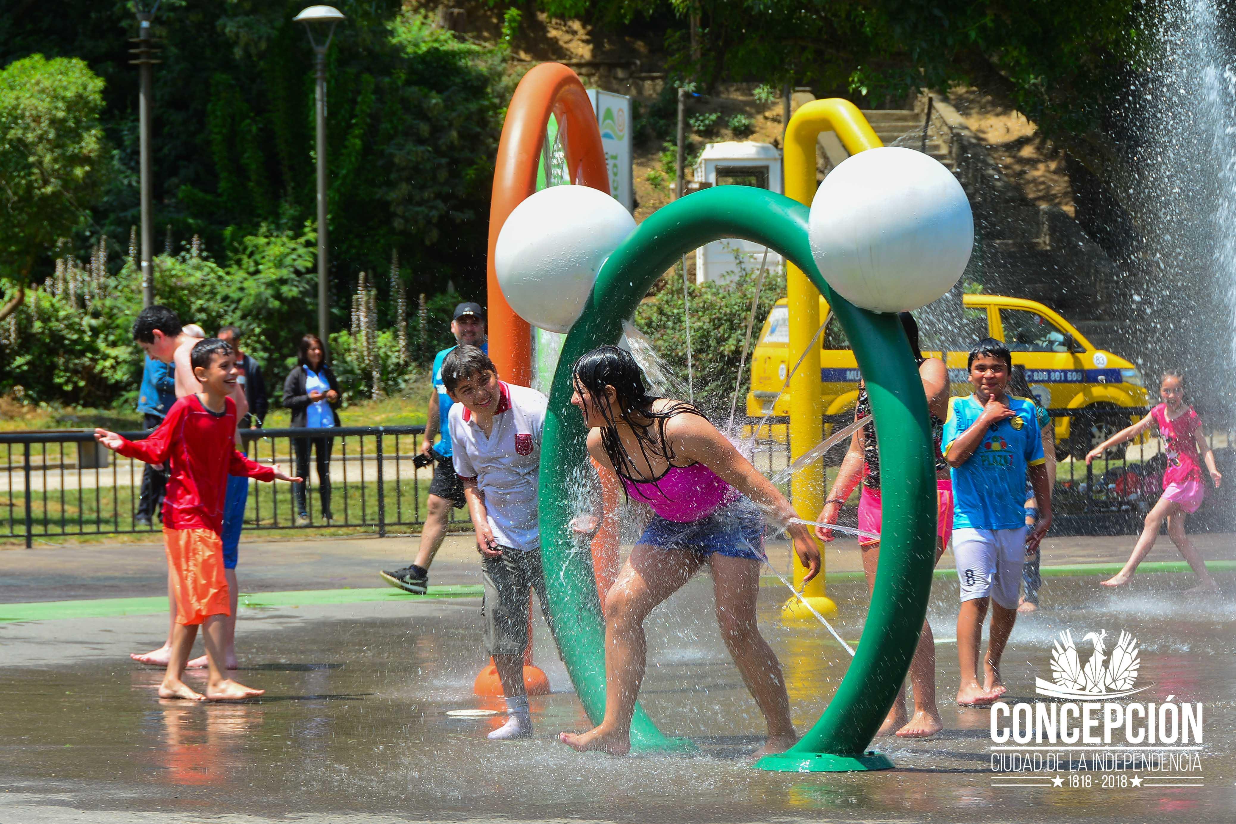 Ya Abrieron Los Juegos De Agua Del Parque Ecuador